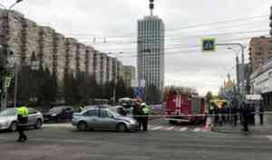 В Сети появилось видео аварии с участием ребенка и пожарной машины в Архангельске