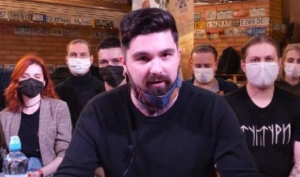 Волна недовольства антикоронавирусными действиями властей захлестнула Архангельск