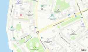 В Архангельске перекрёсток Троицкого проспекта и Воскресенской улицы несколько дней будет закрыт для движения транспорта
