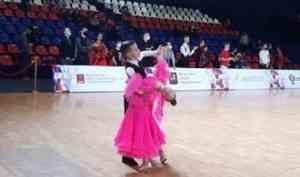 Танцевальный дуэт из Новодвинска стал бронзовым призером всероссийских соревнований