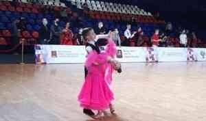 Танцевальный дуэт изНоводвинска взял «бронзу» навсероссийских соревнованиях