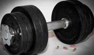 Накачивал подростков стероидами: северодвинский тренер избежал четырех лет колонии