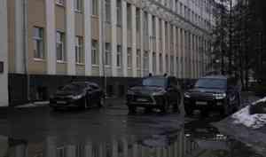 На заводе в Петербурге собирается «старая гвардия» архангельских чиновников