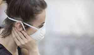 Третью неделю в Поморье ежедневно фиксируют около 350 новых случаев COVID-19