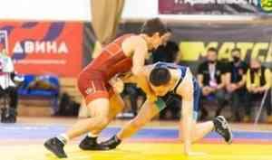 Борцы Архангельской области победили на чемпионате Северо-Запада