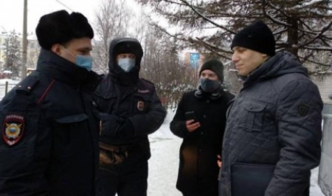 Суд по делу о клипе Rammstein в Архангельске закончился задержанием двух активистов