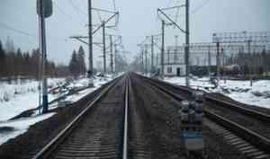В Онеге трое мужчин украли 8 тонн железнодорожных рельс