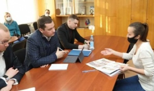 Александр Цыбульский провел личный прием граждан в Устьянском районе