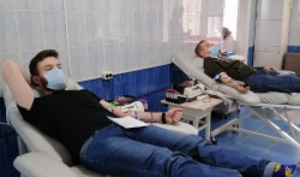 Студенты САФУ приняли участие в донорской акции