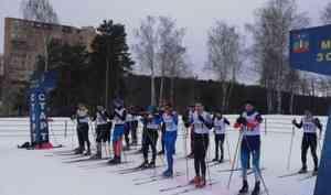 Сборная команда МЧС России одержала победу в соревнованиях по лыжным гонкам