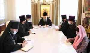 Митрополит Корнилий провел встречу, посвященную молодежному служению в епархии
