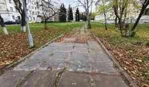 Этим летом в Архангельске завершат благоустройство сквера за кинотеатром «Мир»