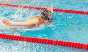 В Архангельске определили сильнейших спортсменов региона по адаптивному плаванию