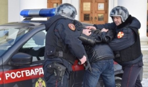 Росгвардейцы задержали магазинных воров в Архангельске и Мирном