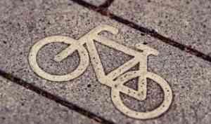 В Архангельске водитель ГАЗели сбил мальчика на велосипеде и скрылся с места аварии
