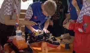 Сухогруз, буксир, пожарный катер: юные корабелы создали модели судов в рамках проекта Севмаша