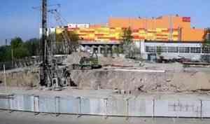 На стройке ЖК «О`Берег» Группы «Аквилон» в Архангельске ведется погружение свай
