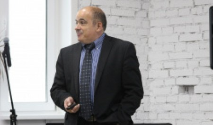 Михаил Мягков: гуманитарии и математики должны решать общественные проблемы сообща