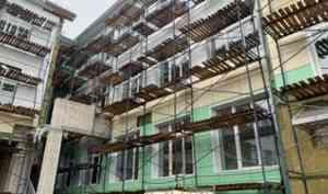 Дмитрий Рожин: «Строительство школы на 860 мест в Котласе ведется активно – объект в высокой степени готовности»