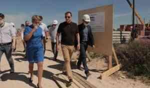 Александр Цыбульский оценил темпы строительства социального жилья в Каргополе