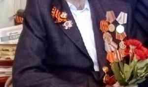 12 июля перестало биться сердце ветерана Великой Отечественной войны Макаровского Леонида Алексеевича. В апреле этого года ему исполнилось 95 лет