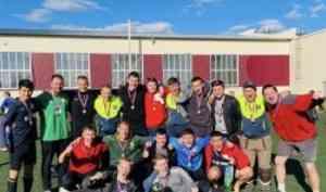 Команда «Автодороги-САФУ» стала чемпионом региона по футболу