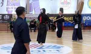 В Архангельске прошли первые соревнования по кендо