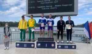 Архангельские спортсмены завоевали золото начемпионате России погребле набайдарках иканоэ