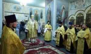 Митрополит Корнилий 23 октября совершил всенощное бдение в Ильинском соборе
