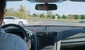 Ford показал движение подорогам будущего. Безсветофоров