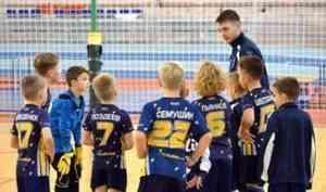 Юные архангелогородцы выиграли открытое первенство Ярославля по футболу