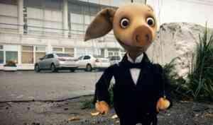 Саратовские кукольники сняли в Архангельске милый мультфильм про братьев-поросят