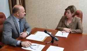 Игорь Орлов обсудил обустройство переправы с главой Верхнетоемского района