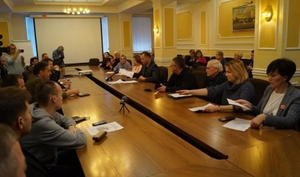 Никита Исаев пообещал, что мусорная проблема Архангельской области выйдет на федеральный уровень