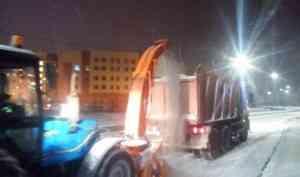 С улиц Архангельска после снегопада вывезли 127 тонн снега