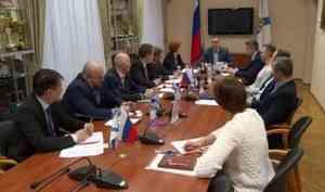 Онеобходимости регулирования тарифов наперевозки помежмуниципальным маршрутам говорили сегодня вАрхангельске