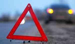 В Маймаксанском округе Архангельска водитель сбил женщину и уехал с места ДТП