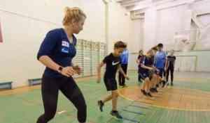 Биатлонистка Ирина Услугина рассказала юным новодвинцам о секретах подготовки чемпионов