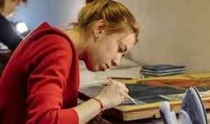Участники зимней школы реставрации в Архангельске обновили 27 икон из Ошевенска