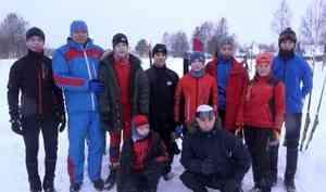 150 спортсменов стали участниками лыжного забега вмезенской Каменке