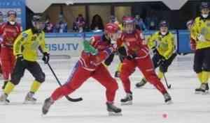 Сборная России по хоккею с мячом во главе с капитаном Данилом Кузьминым одержала первую победу на Универсиаде