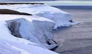 «Тает лёд». Нужно ли бить тревогу о таянии ледников в Арктике?