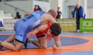 На чемпионате СЗФО России борцы Поморья завоевали золото и две бронзы