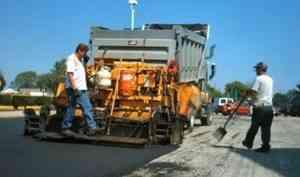 Около 61 миллиона рублей добавят Архангельску на дорожный ремонт