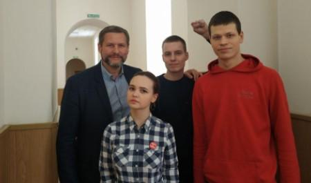 От студентки до депутата: в Архангельске суд оштрафовал еще четверых за митинг 7 апреля