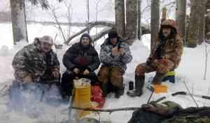 В Каргопольском районе на озере Лаче погибли четыре рыбака