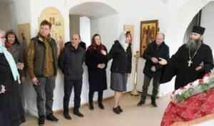 Советник Президента РФ по культуре Владимир Толстой прибыл в Каргополь